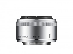 Nikkor1 18.5mm f/1.8 stříbrný [JVA102DC]