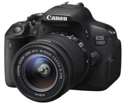 Canon EOS 700D + 18-55mm IS STM + 55-250mm IS STM