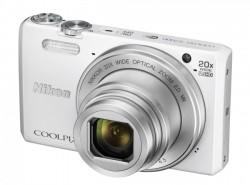 Nikon CoolPix S7000 bílý