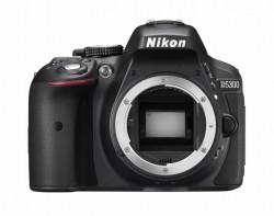 Nikon D5300 tělo, v krabici od setu