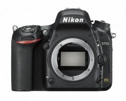 Nikon D750 - tělo, v balení od setu